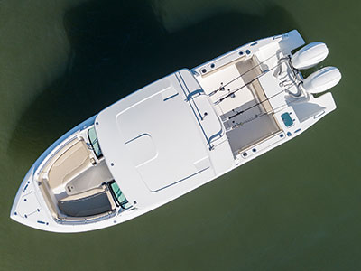 Top aerial view of Pursuit DC 266 dual console boat.