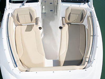 Top aerial view of Pursuit DC 266 dual console boat bow area.