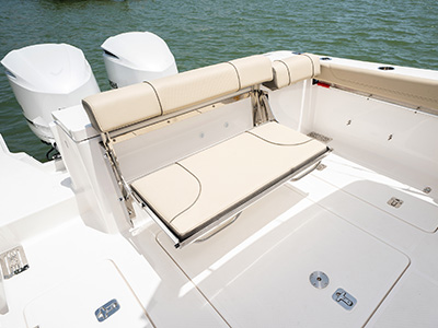 Transom fold down seating of Pursuit DC 295