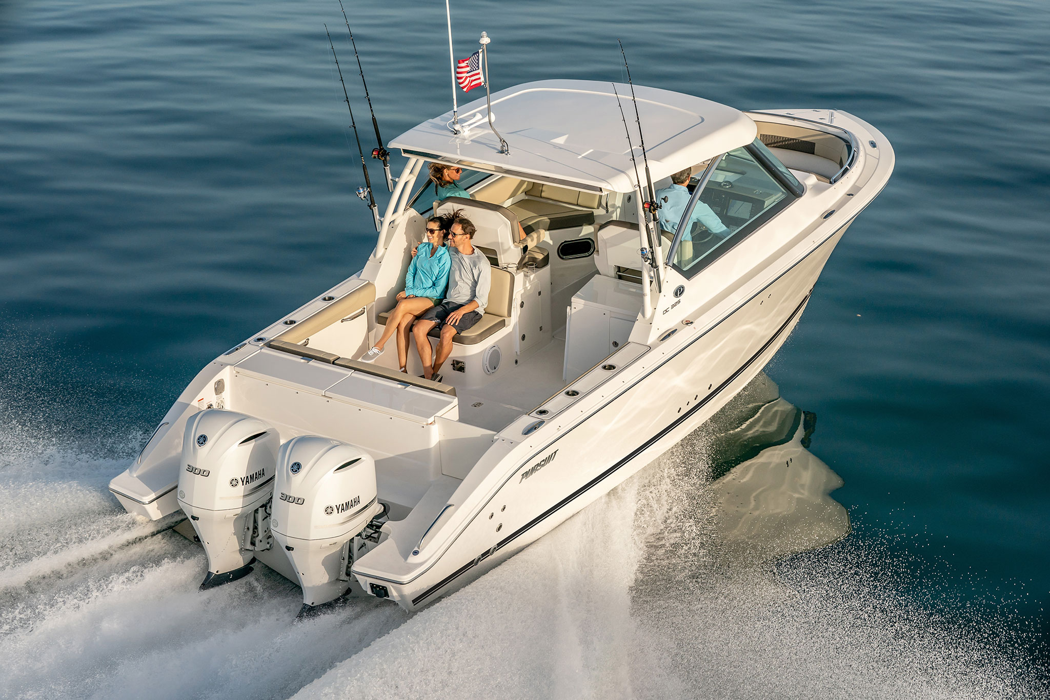 Water Spots On Windshield >> Pursuit Boats - DC 325 DUAL CONSOLE