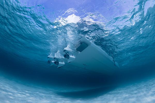 Under water propeller view of S 408