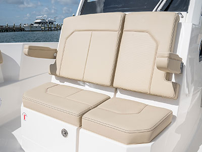 Detail of S 288 Sport boat large forward console seating.