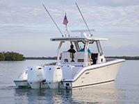 Rear three quarter view of S 328 Sport boat.