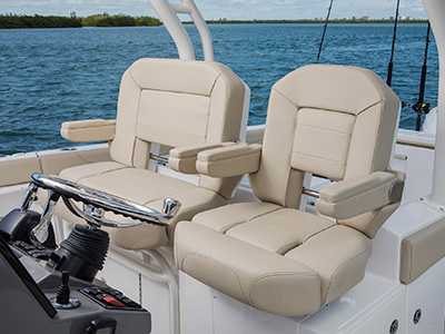 S 328 Sport boat helm seating.