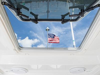S 328 Sport boat hardtop access/ventilation hatch.