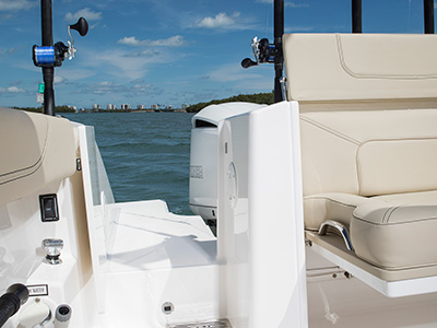 S 328 transom walkthrough with hinged door