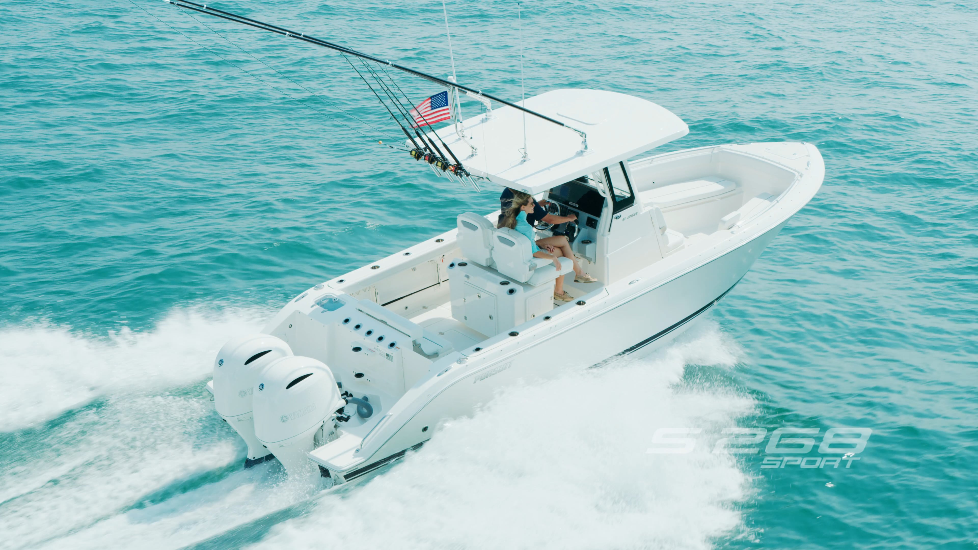 Aerial overhead profile view of S 268 Sport boat running right.